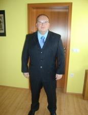 Denis from Qatar 44 y.o.