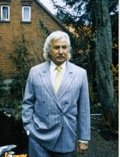 Ewin from Germany 70 y.o.
