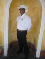 Arturo from Mexico 61 y.o.