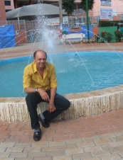 Nilvan from Brazil 62 y.o.